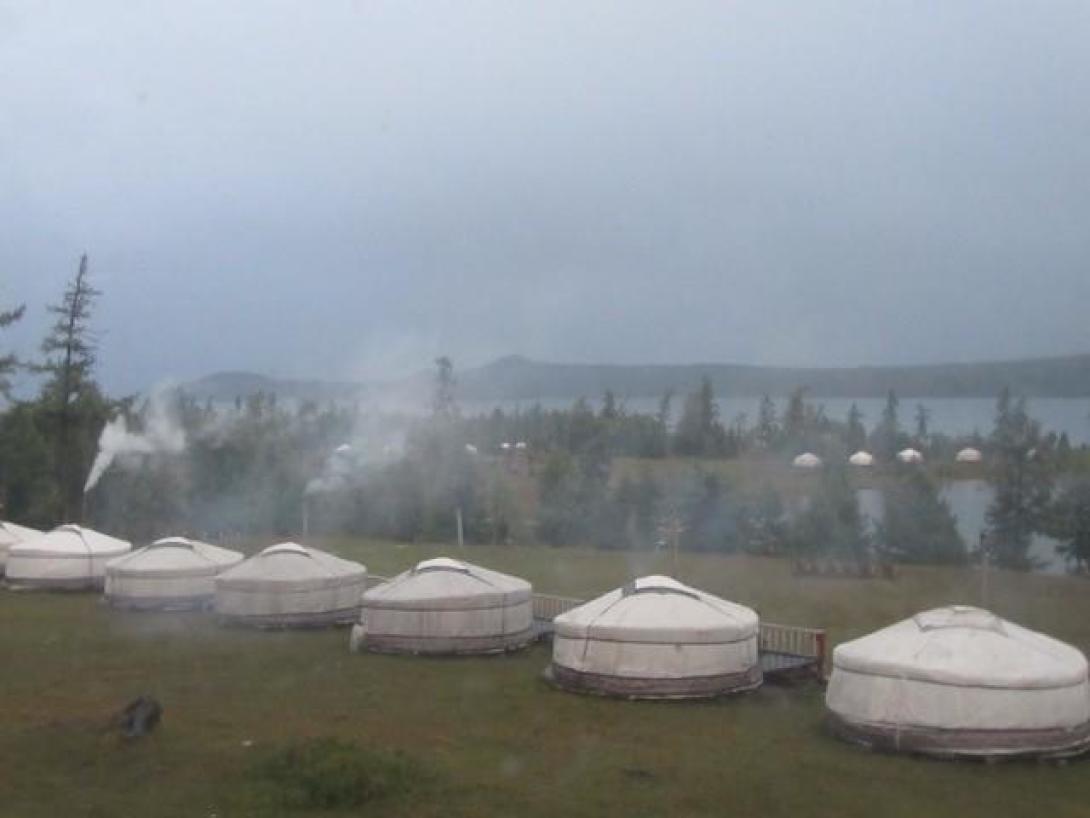 De gers waar Annet en andere vrijwilligers in verbleven tijdens een rondreis door Mongolie